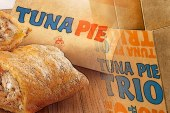 The Jollibee Tuna Pie Is Back! Now Available In Solo, Value Meal and Trio Pack