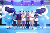 Vivo brings Paul Salas, TJ Monterde to SM Naga, Sta. Rosa