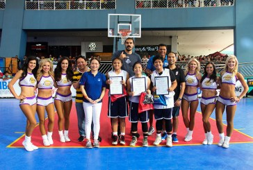 NBA Star Steven Adams awards NBA 3X 2017 Philippines champs