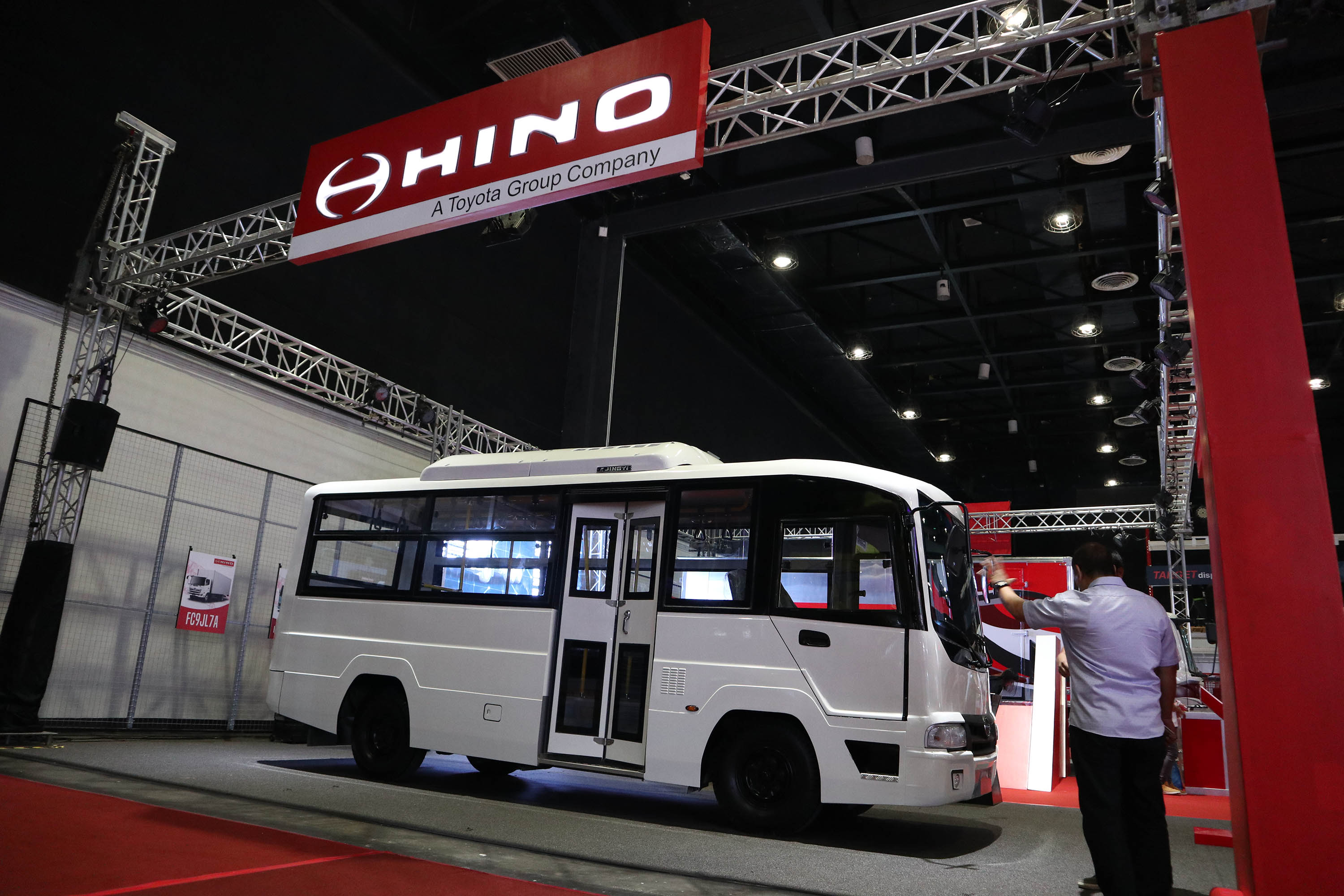 All-new Hino FC9JL7A unveiled at the Truck at Transport and