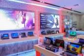 Lenovo SM Megamall concept store gets a sleek modern revamp