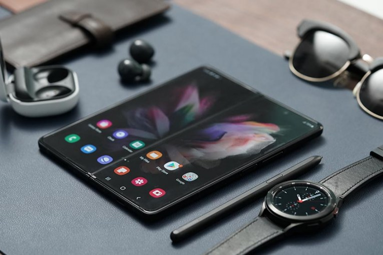 SAMSUNG Galaxy Z Fold3 5G and Galaxy Z Flip3 5G draw strong pre-order demand in the Philippines